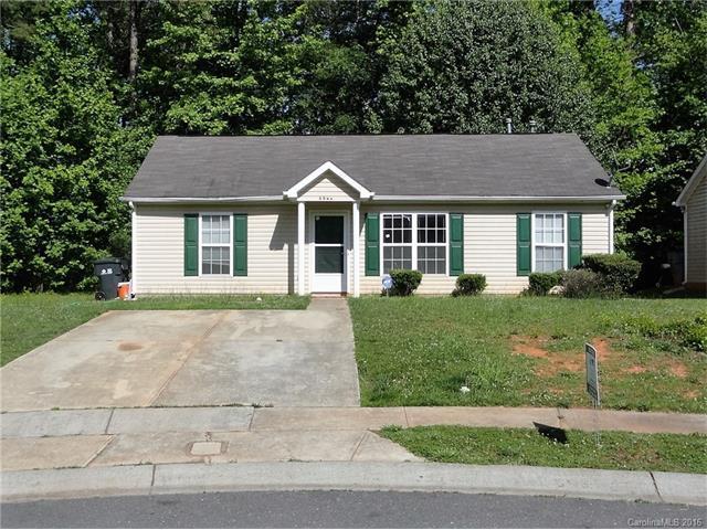 5944 Hamilton Oaks Dr, Charlotte NC 28216