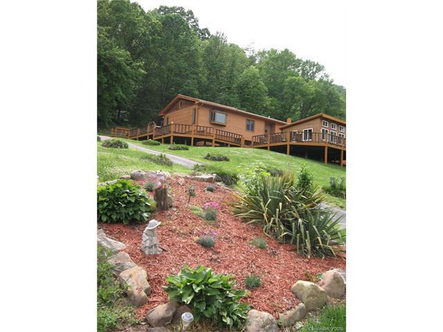 529 Us 25 70 Hwy, Hot Springs, NC