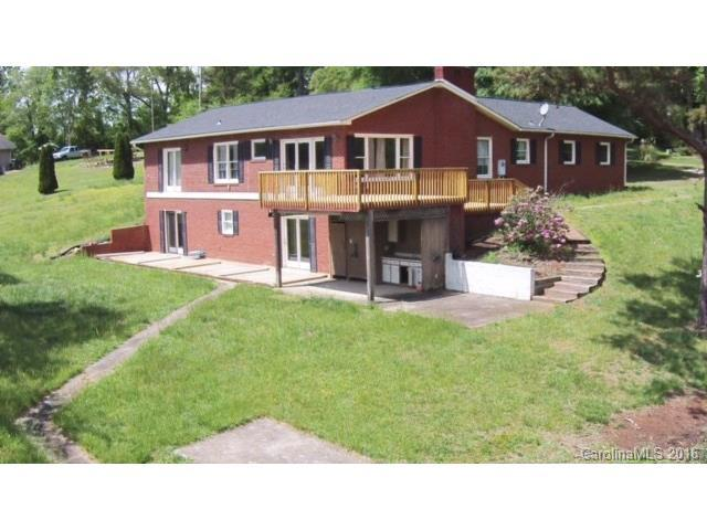 461 Carriage Rd, Statesville, NC