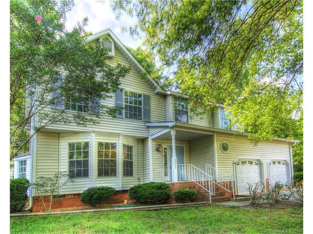2304 Valleyview Dr Charlotte, NC 28215