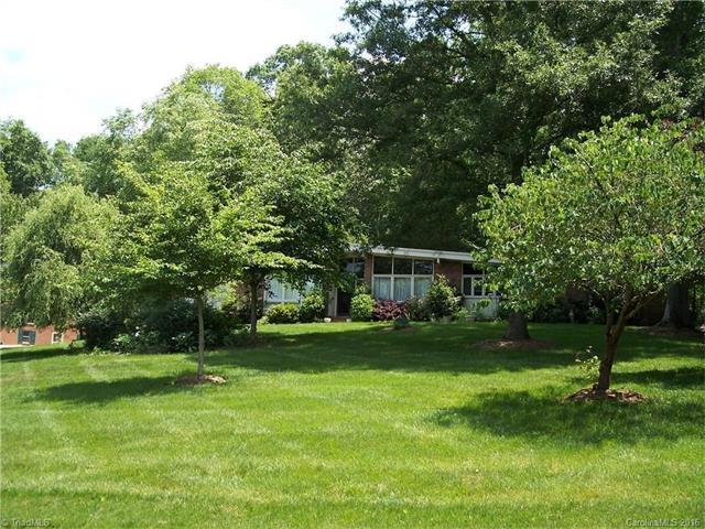 230 Magnolia Ave Mocksville, NC 27028