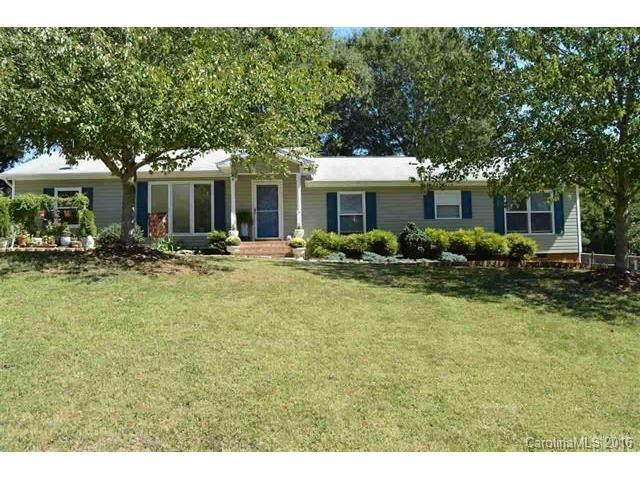 1856 35th St Hickory, NC 28601