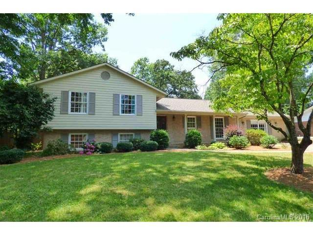 1017 15th Ave Hickory, NC 28601