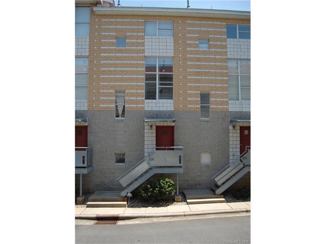 2028 Atherton Heights Ln #25 Charlotte, NC 28203