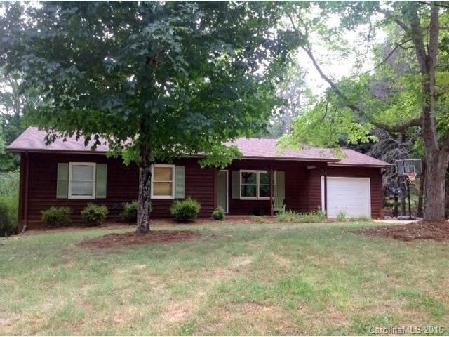1202 Homestead Dr Hickory, NC 28602