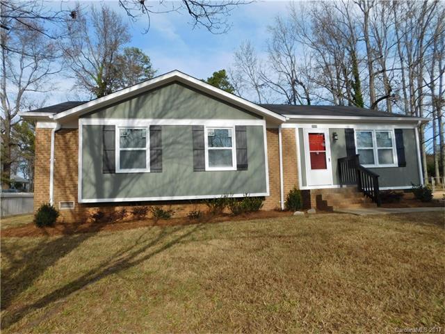 2609 Clover Hill Ln, Charlotte, NC 28215