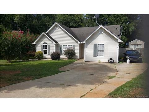 3001 Lynworth Pl, Charlotte, NC 28212