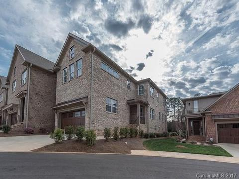 6829 Fairway Row Ln #43Charlotte, NC 28277