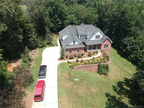 6131 Willow Farm DrDenver, NC 28037