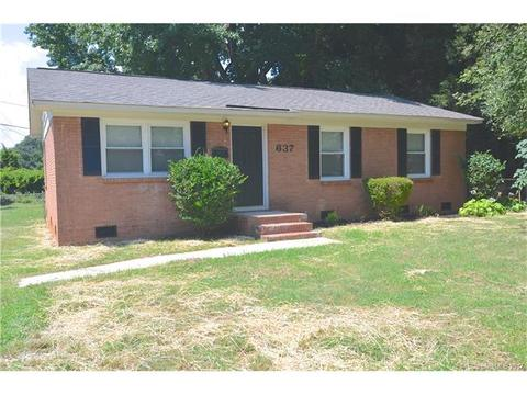 637 Kentbrook DrCharlotte, NC 28213