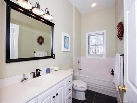 S Songbird Ct Hendersonville NC Photos MLS Movoto - Bathroom remodel hendersonville nc