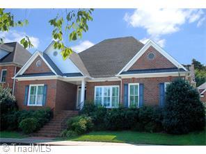 302 Cross Vine Ln, Greensboro, NC