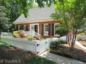 213 Village Green Sq, Winston Salem, NC