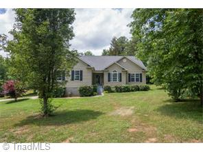 6577 Lake Brandt Rd, Summerfield, NC