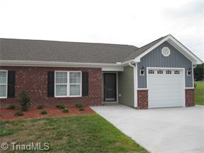 6702 Allendale Dr, High Point, NC