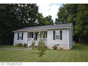 1007 Virginia St, Thomasville, NC