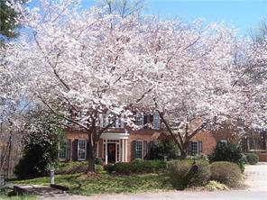 6 Rosebay Cir, Greensboro, NC
