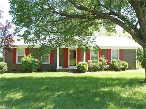 1315 Kingsport Rd, Greensboro, NC