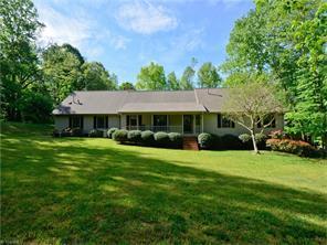 8803 Dapple Grey Rd, Oak Ridge, NC