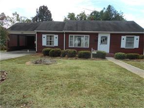 1111 Rosemont Dr, Reidsville, NC