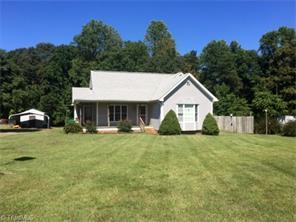 826 Taylor Rd, Stoneville, NC