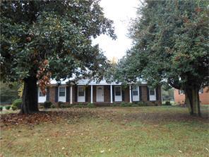 2828 Blanche Dr, Burlington, NC