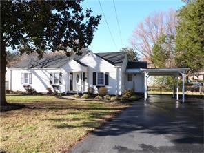 316 Mountain View Dr, Kernersville, NC
