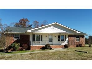 12 Twin Brook Dr, Clemmons NC 27012