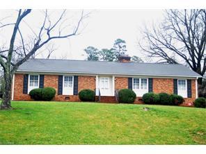 4204 Dogwood Dr, Greensboro, NC