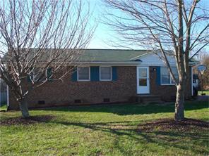 153 Gus Hill Rd, Clemmons NC 27012