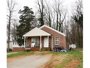 816814 Dogwood Cir, High Point, NC
