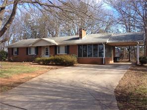 104 James St, Lexington, NC