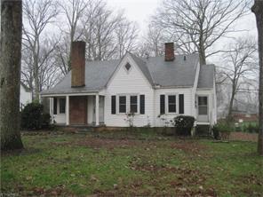 1315 Woodland Dr, Reidsville NC 27320