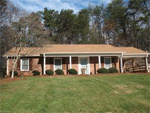 107 Hillside Manor Dr, Lewisville, NC