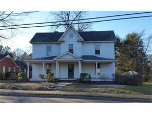 579 S Salisbury St Mocksville, NC 27028