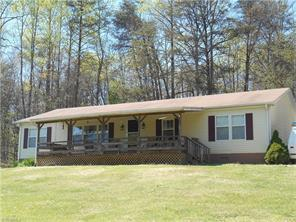 2423 Old Westfield Rd, Pilot Mountain, NC