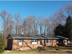 585 Cedar Ln, Reidsville NC 27320