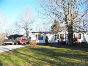 3182 Haystack Rd, Mount Airy, NC