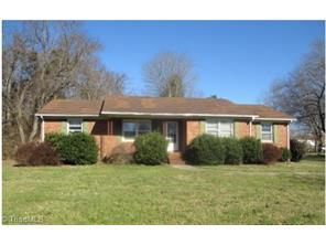 140 Crestland Dr, Kernersville, NC