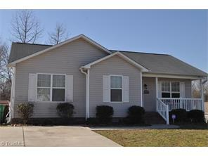 1623 Tracer Pl, High Point, NC