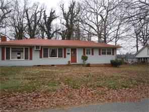 702 Dillon St, Thomasville, NC