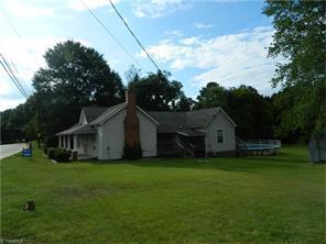 313 E Main St, Stoneville, NC