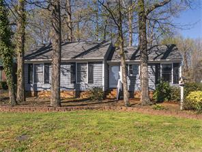 1825 Fairview St, Burlington NC 27215