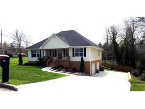 1013 Cantering Rd High Point, NC 27262