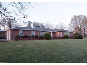 7004 W Friendly Ave, Greensboro, NC