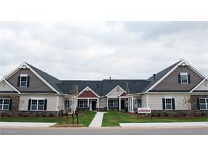 212 Hawks Nest Cir, Clemmons NC 27012