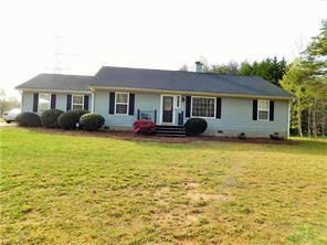 8107 Windspray Dr, Summerfield, NC