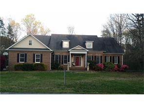 6192 Windsor Farme Rd, Summerfield, NC