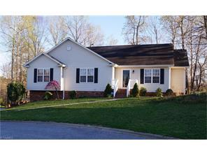 1814 Spring Path Trl, Clemmons NC 27012