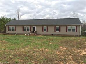 853 Crutchfield Rd, Reidsville NC 27320
